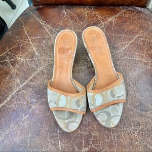 COACH vintage gray beige signature sandals 8